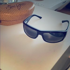 Maui Jim Longboard Wrap Sunglasses